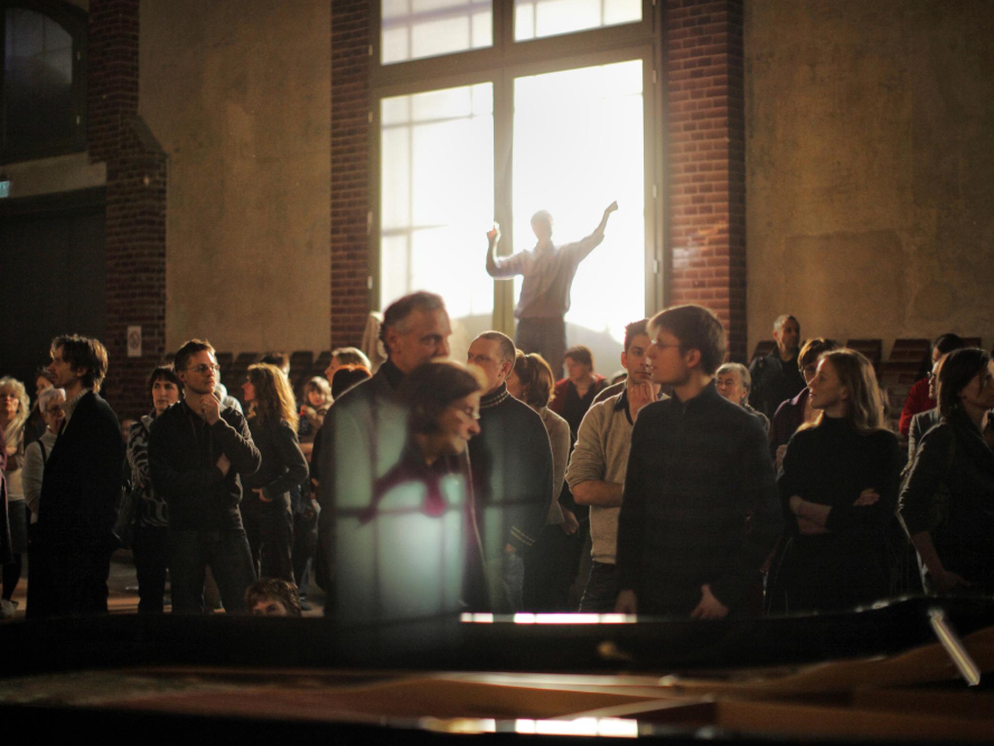 那是對着你一個人的演唱。有什麼合唱團,能如此有信心地、肯定地、近距離地唱出為人帶來盼望的福音?